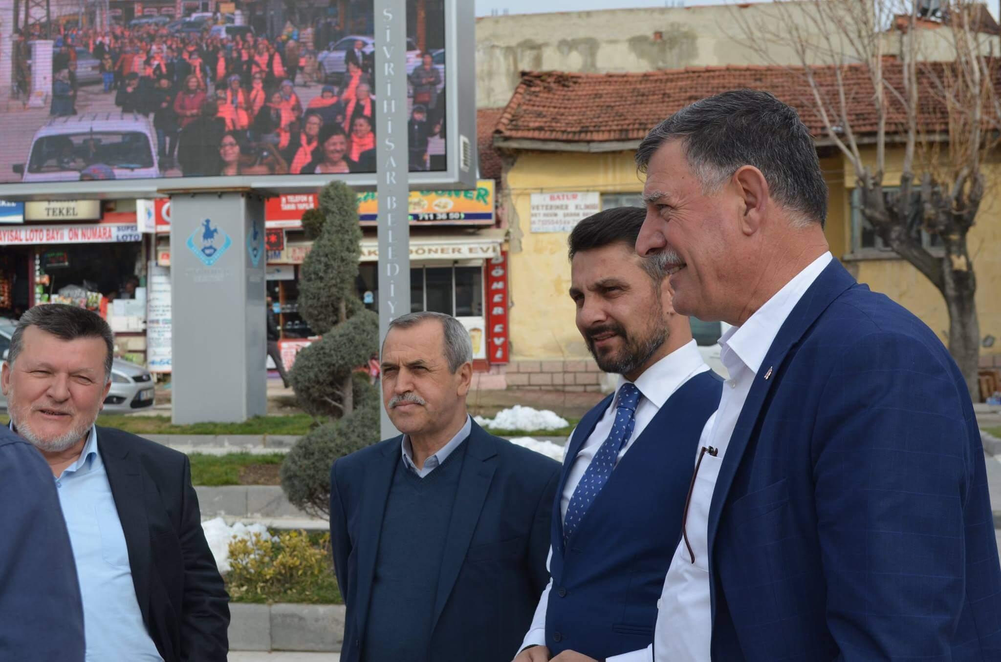 Vezirhan Belediye Başkanı Mehmet Duymuş ve Belediye Meclis Üyeleri, Başkanımız Hamid Yüzügüllü'yü Makamında Ziyareti Etti