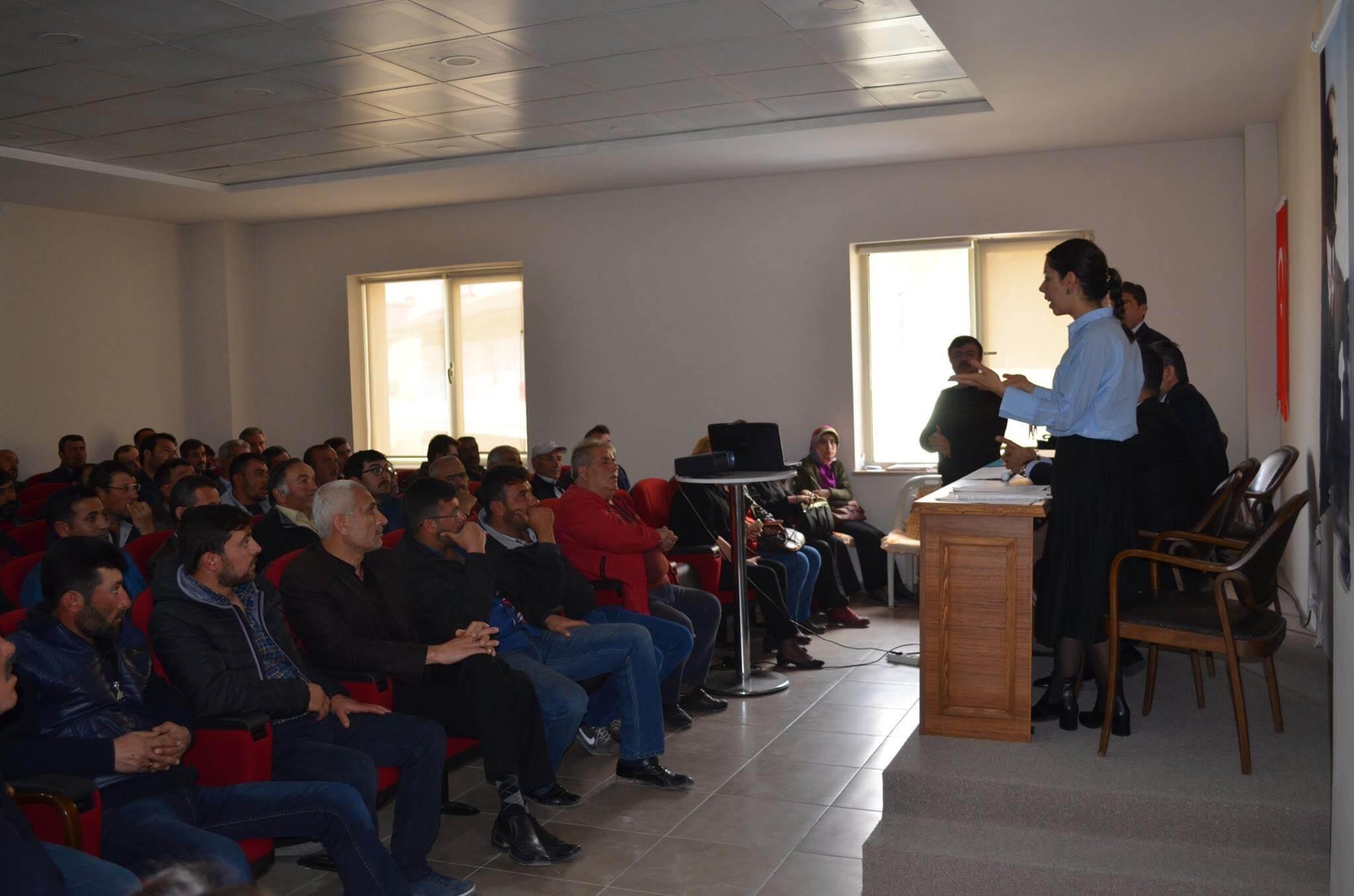 Genç Çiftçilere 30 Bin Liralık Hibe Bilgilendirme Toplantısı Yapıldı
