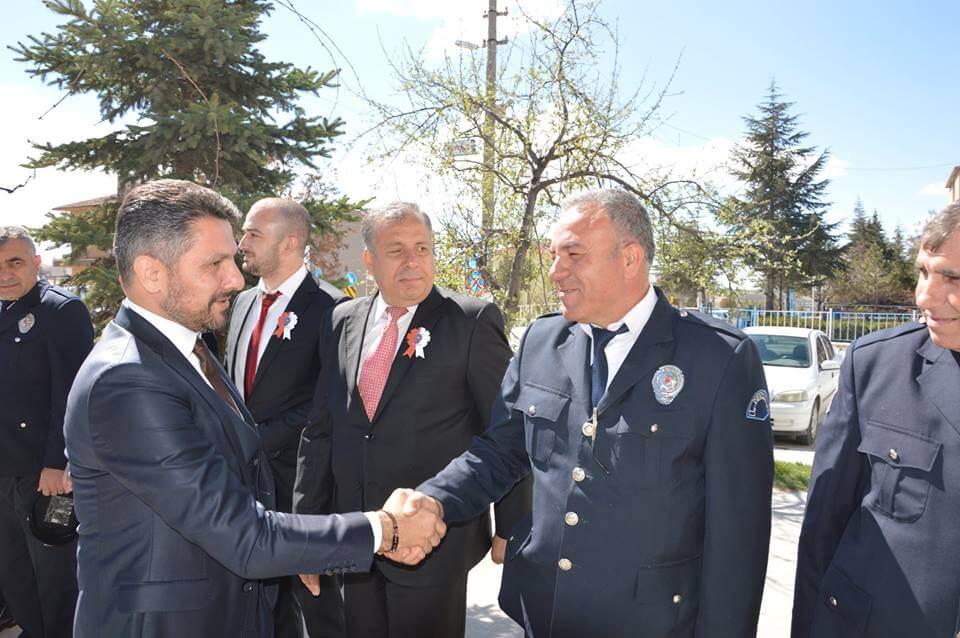 Polis Teşkilatımızın 172. Kuruluş Yılında, Belediye Başkanımız Hamid Yüzügüllü İlçe Polis Teşkilatımızın Değerli Mensupları ile Buluşarak Güvenliğimiz için Özveri ile Çalışan Arkadaşlarımızı Yürekten Kutluyorum dedi.