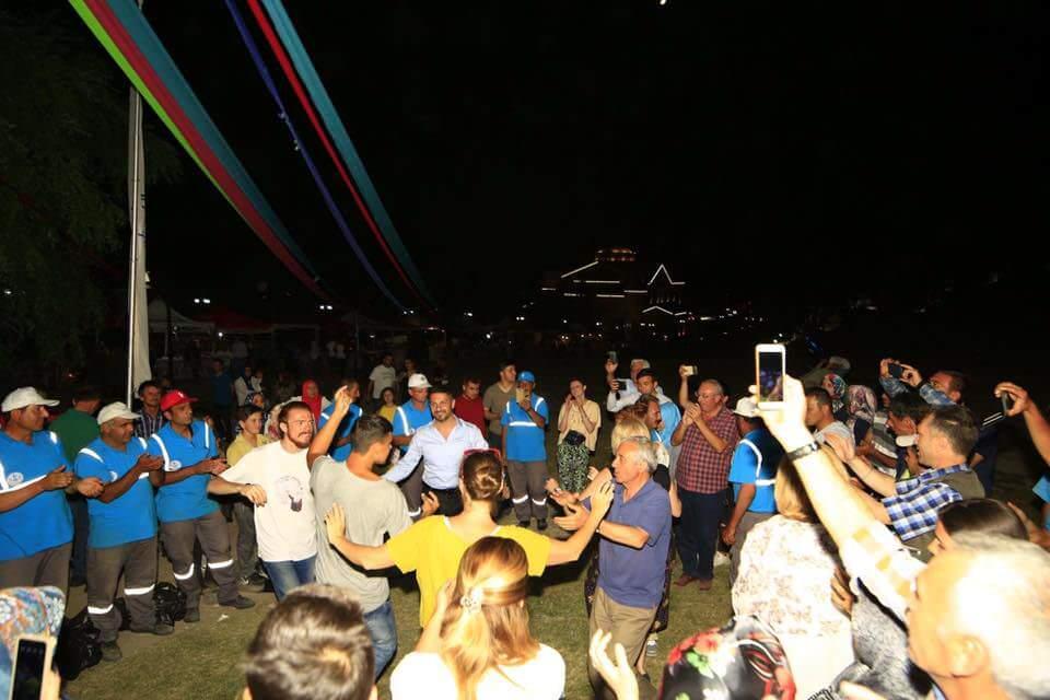 Dünyanın Merkezinden Rengarenk Bir Festival