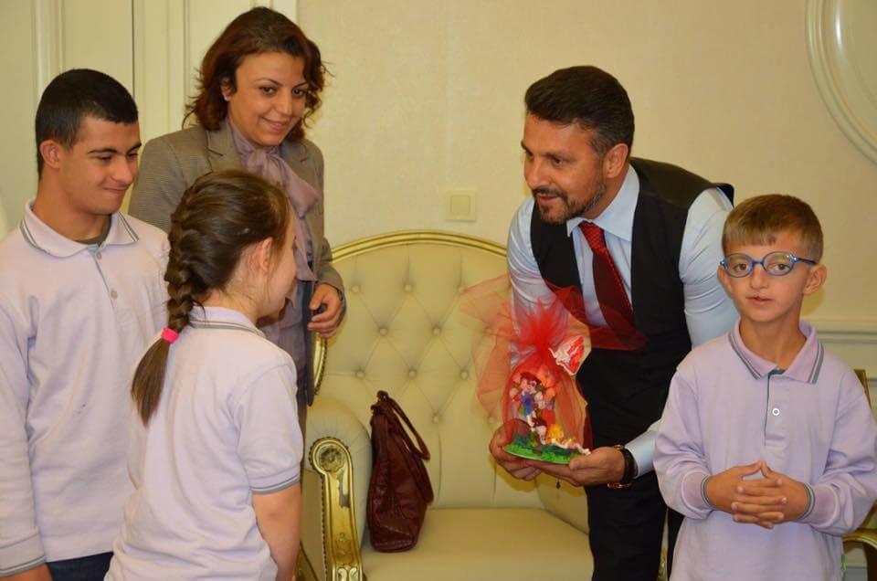 Sivrihisar Mehmet Kaplan Ortaokulu Özel Eğitim Sınıfı Öğrencileri Belediye Başkanımız Hamid Yüzügüllü'yü Makamında Ziyaret ettiler