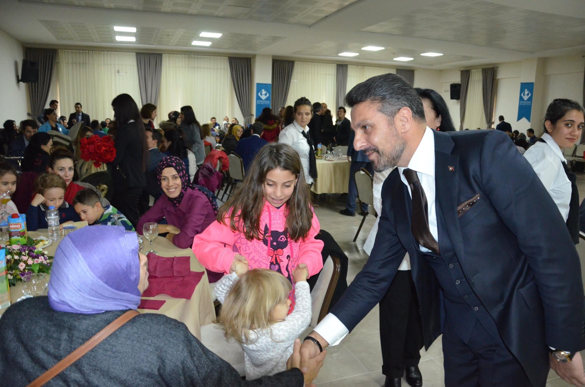 24 Kasım Öğretmenler Günü Programı Belediyemiz Salonunda Düzenlendi