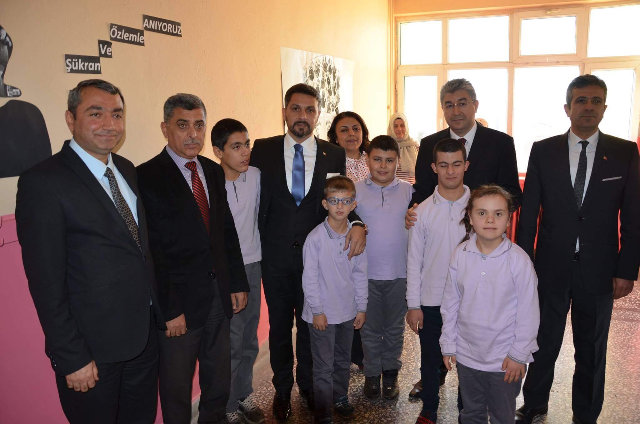 Sivrihisar Belediyesi Tarafından Düzenlenen Özel Eğitim Sınıfı Dünya Engelliler Günü Kapsamında Açıldı.