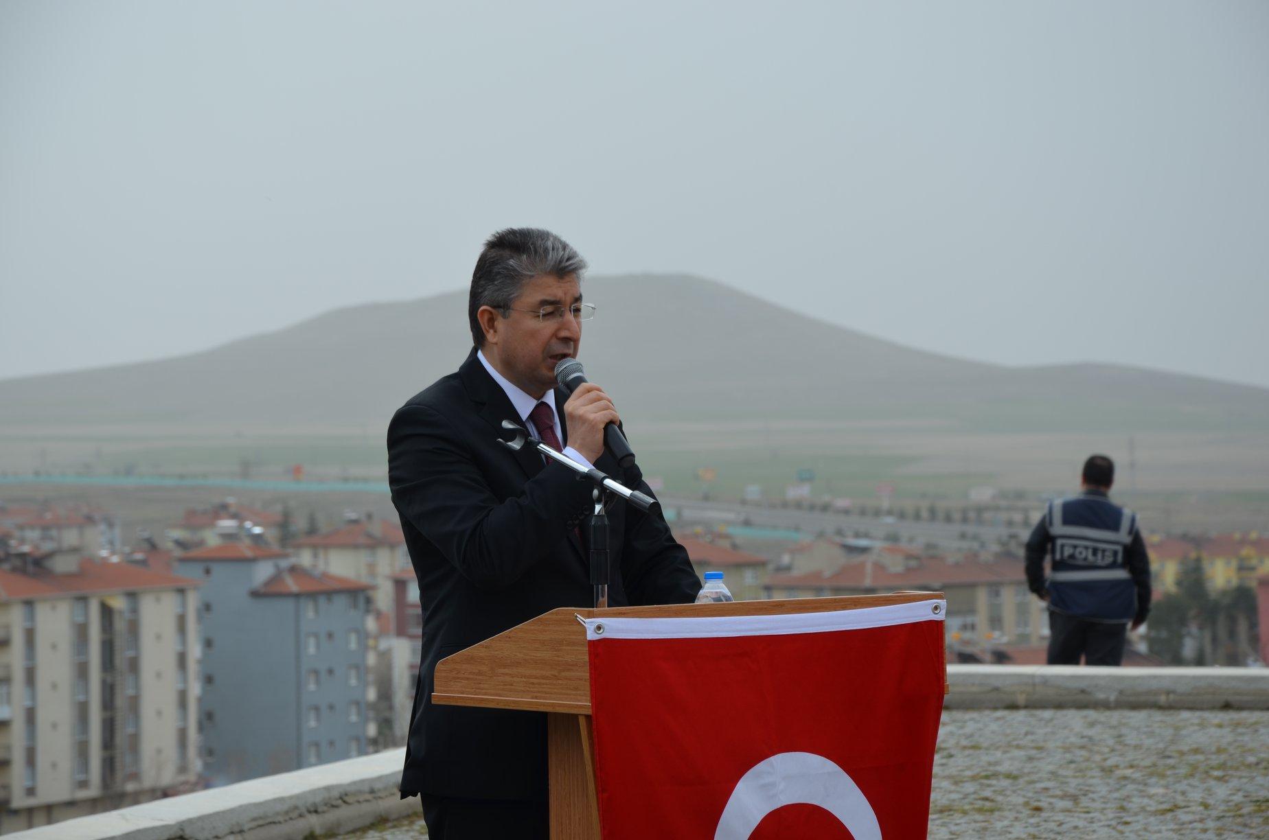 18 Mart Çanakkale Zaferi ve Şehitleri Anma Günü Münasebeti İle İlçemiz Şehitliğinde Resmi Tören  İle Gerçekleştirildi.