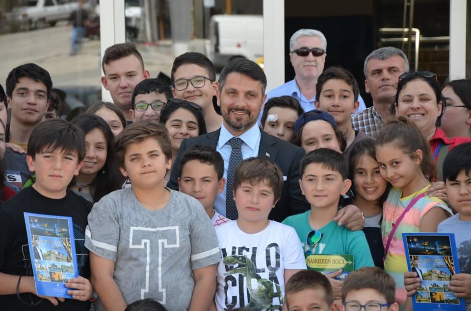 Çocuklardan Başkan YÜZÜGÜLLÜ'YÜ Ziyaret