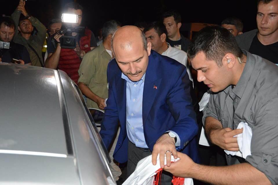 İçişleri Bakanımız Sayın Süleyman Soylu, Sivrihisar'da Trafik Uygulamasına Katıldı…
