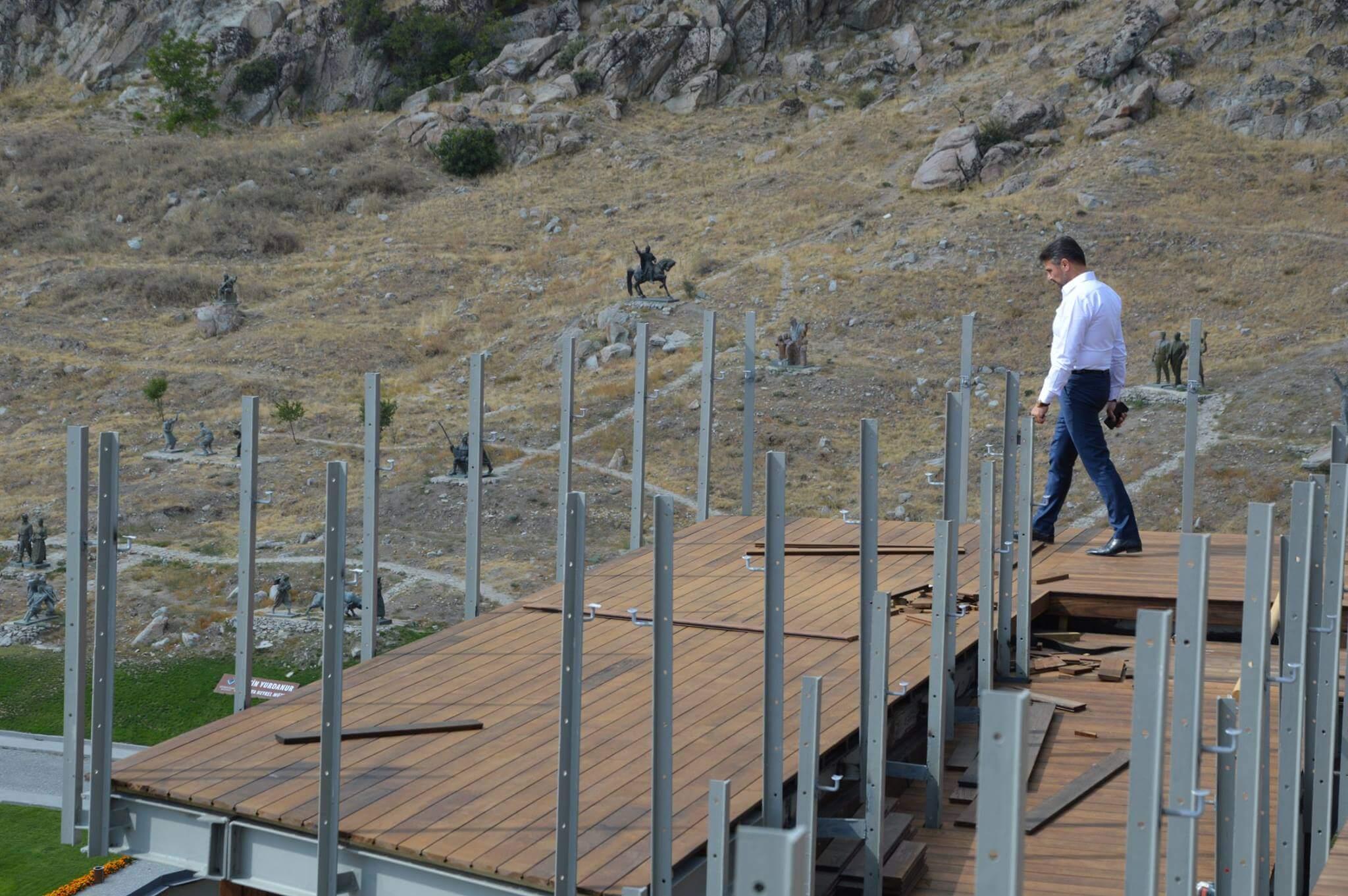Sivrihisar'a Hizmet İçin Çalışmalar Aralıksız Devam Ediyor