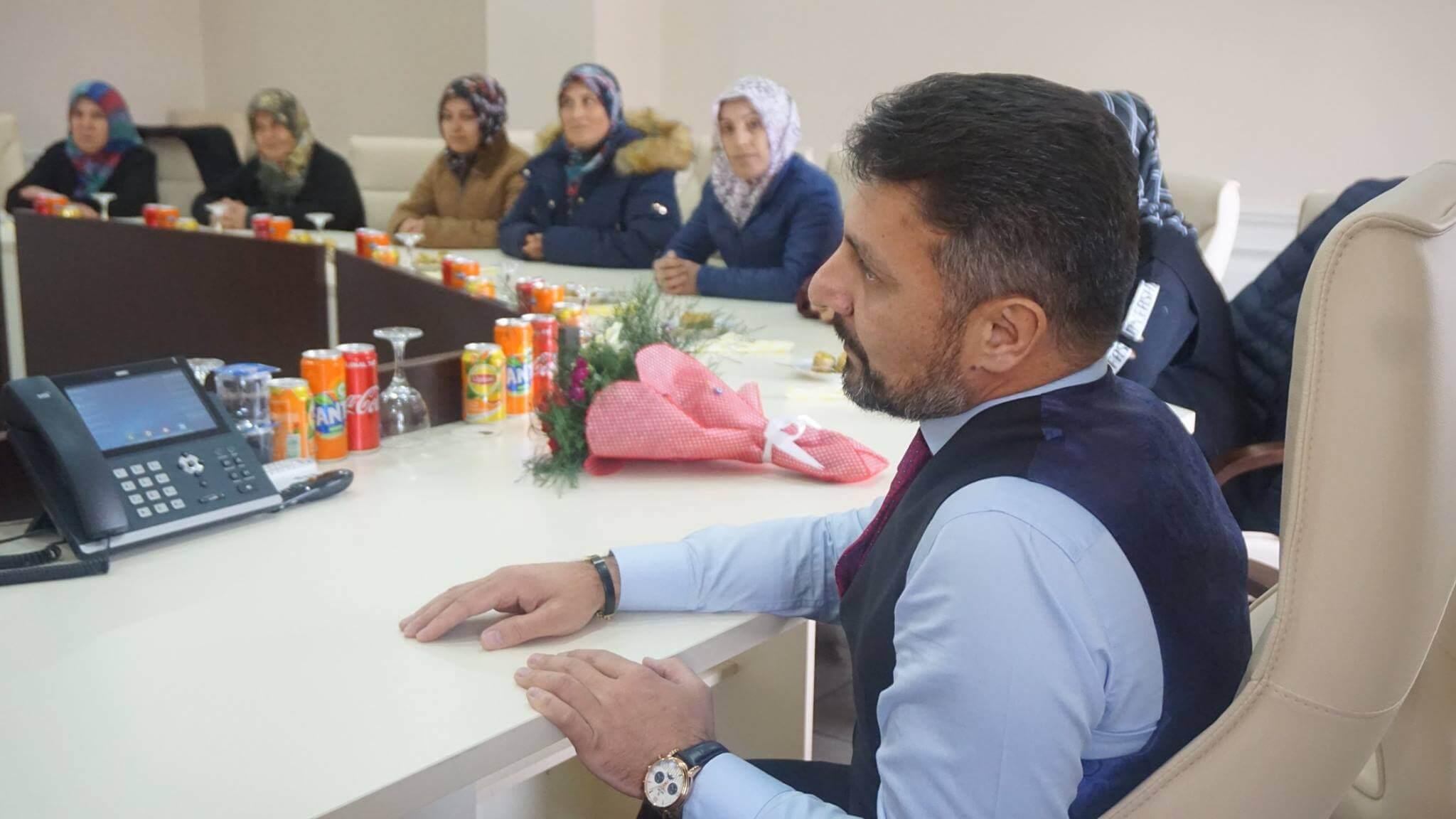 İşkur İşçilerinden Başkan Yüzügüllü'ye Hayırlı Olsun Ziyareti