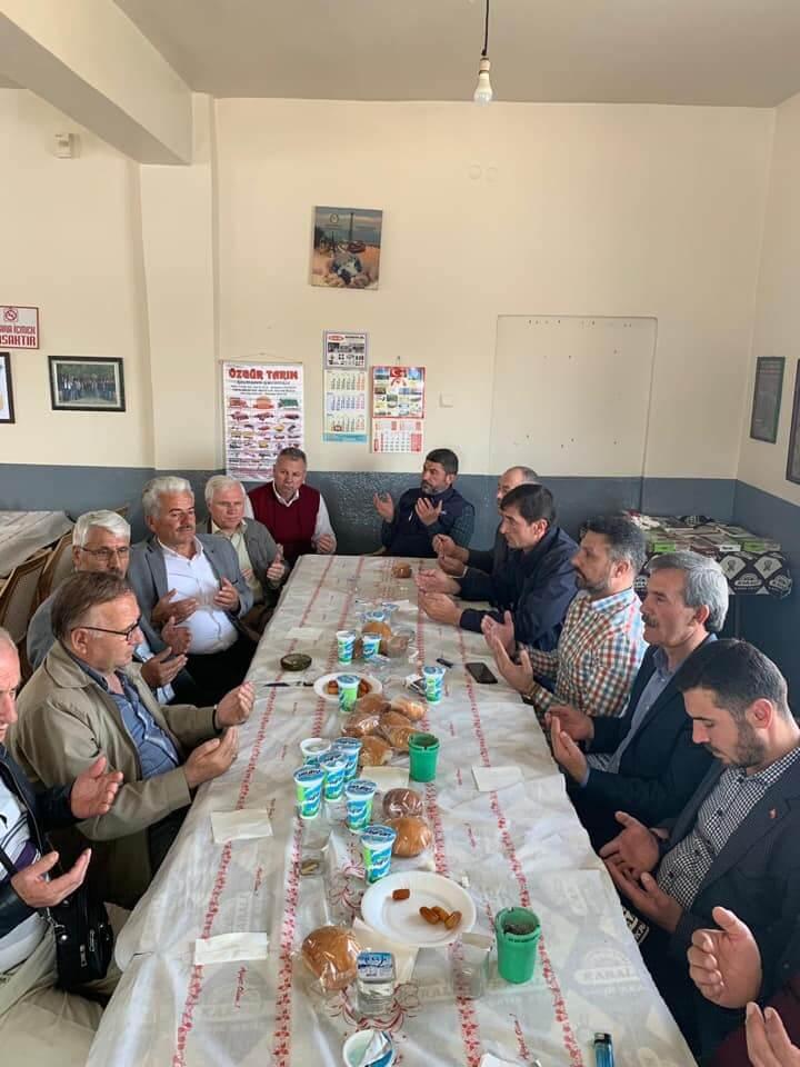 Sivrihisar Belediye Başkanımız Hamid Yüzügüllü, Gerenli Mahallemizde Gerçekleştirilen Yağmur Duasına Katıldı