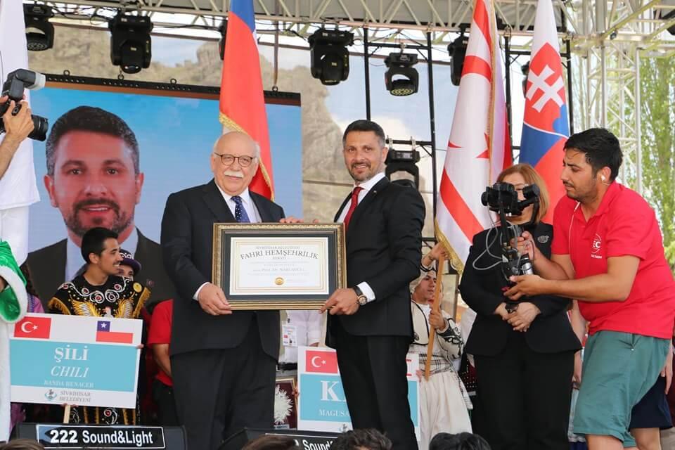 PROF. DR. NABİ AVCI'YA FAHRİ HEMŞEHRİLİK BERATI'NI TAKDİM ETTİK
