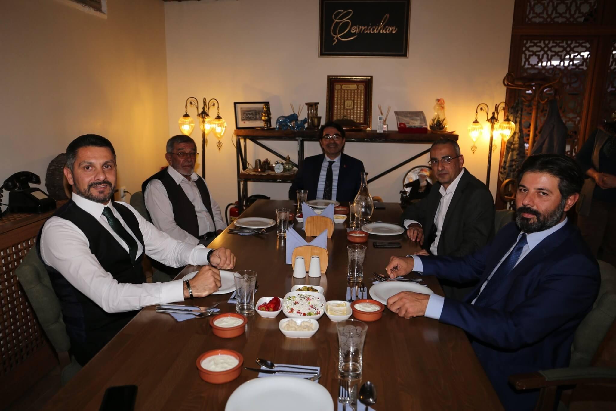 Cumhurbaşkanlığı İnsan Kaynakları Ofis Başkanı Sayın Doç. Dr. Salim ATAY'ı İlçemizde Ağırladık. Sayın Atay ile Çeşitli Ziyaretler Gerçekleştirdik.
