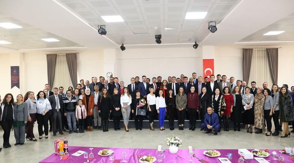SİVRİHİSAR'DA 24 KASIM ÖĞRETMENLER GÜNÜ HEP BİRLİKTE KUTLANDI..